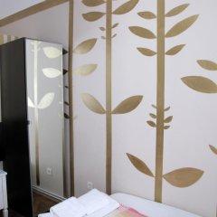 Отель Centar Guesthouse сейф в номере