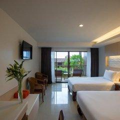 Отель Chanalai Garden Resort, Kata Beach 4* Улучшенный номер с двуспальной кроватью фото 6