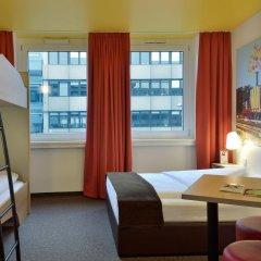 B&B Hotel Nürnberg-Hbf 2* Стандартный семейный номер с двуспальной кроватью фото 3