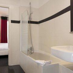 Отель Coypel 3* Стандартный номер с двуспальной кроватью фото 2
