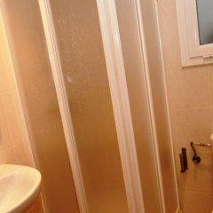 Отель Apartamentos AR Family Caribe Испания, Льорет-де-Мар - отзывы, цены и фото номеров - забронировать отель Apartamentos AR Family Caribe онлайн ванная фото 2