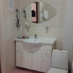 Гостиница Tvoy в Оренбурге отзывы, цены и фото номеров - забронировать гостиницу Tvoy онлайн Оренбург ванная фото 2