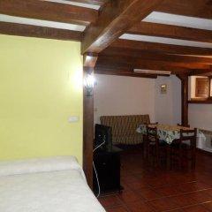 Отель Las Rocas de Brez комната для гостей
