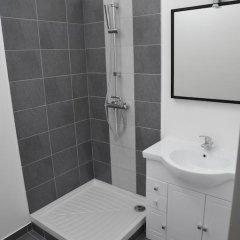 Отель Foch / Roosevelt Франция, Лион - отзывы, цены и фото номеров - забронировать отель Foch / Roosevelt онлайн ванная