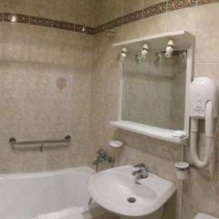 Academy Dnepropetrovsk Hotel 4* Улучшенный номер с различными типами кроватей фото 11