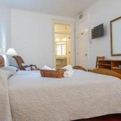 Отель Comercial Azores Guest House Понта-Делгада комната для гостей фото 5