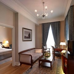 Pera Palace Hotel 5* Люкс Piere Loti с различными типами кроватей фото 2
