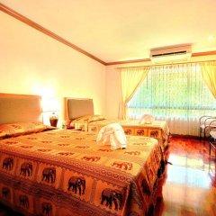 Отель Royal Ivory Sukhumvit Nana by Compass Hospitality 3* Улучшенный номер с двуспальной кроватью фото 6