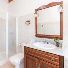 Отель Can Berguins ванная