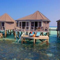 Отель Kuredu Island Resort 4* Вилла с различными типами кроватей