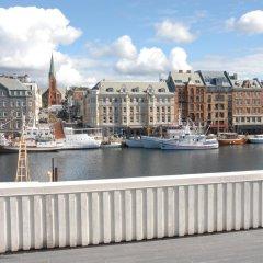 Отель Haugesund Maritime Apartments Норвегия, Гаугесунн - отзывы, цены и фото номеров - забронировать отель Haugesund Maritime Apartments онлайн балкон
