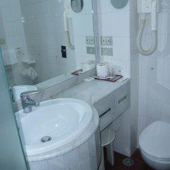 Отель Alexander 4* Стандартный номер с двуспальной кроватью фото 6