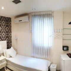 Отель Central 2* Номер Эконом с двуспальной кроватью фото 2