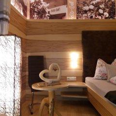 Отель Feld-hof Италия, Горнолыжный курорт Ортлер - отзывы, цены и фото номеров - забронировать отель Feld-hof онлайн комната для гостей фото 3