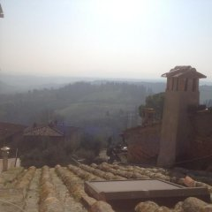 Отель Sangiapartments Италия, Сан-Джиминьяно - отзывы, цены и фото номеров - забронировать отель Sangiapartments онлайн балкон