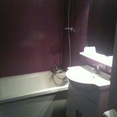 Отель Hôtel De Bordeaux 2* Стандартный номер с двуспальной кроватью фото 4
