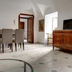 Отель Prime 1Br Ba Apt Next Colosseum Рим комната для гостей фото 2