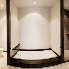 Отель Villa Amiria by TropicLook: Onyx Style Nai Harn Beach ванная