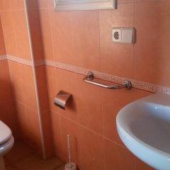 Отель Apartamentos Olivo Испания, Льорет-де-Мар - отзывы, цены и фото номеров - забронировать отель Apartamentos Olivo онлайн ванная