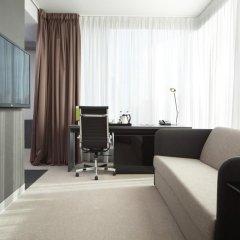 Гостиница Four Elements Ekaterinburg 4* Люкс двуспальная кровать