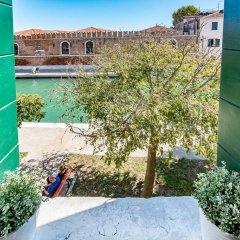 Отель La Gondola Rossa Италия, Венеция - отзывы, цены и фото номеров - забронировать отель La Gondola Rossa онлайн балкон