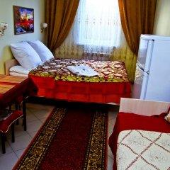 Гостиница Home Стандартный семейный номер с разными типами кроватей фото 2