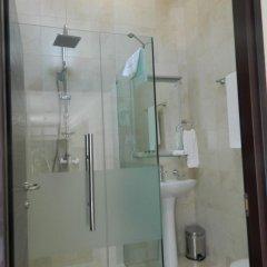 Отель Rustaveli Palace Стандартный семейный номер с двуспальной кроватью