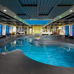 Отель Sheraton Munich Arabellapark Hotel Германия, Мюнхен - отзывы, цены и фото номеров - забронировать отель Sheraton Munich Arabellapark Hotel онлайн бассейн фото 3