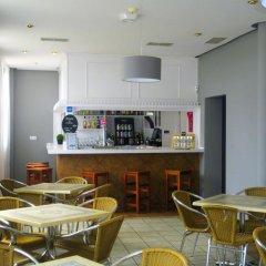 Hotel Balneario Parque De Alceda гостиничный бар