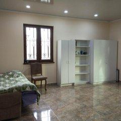 Отель Family Garden Guest House Ереван комната для гостей фото 2