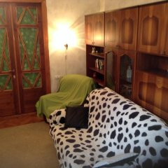Ester President Hostel Стандартный номер с 2 отдельными кроватями (общая ванная комната) фото 12