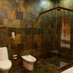 Отель Sun Aqua Vilu Reef 5* Вилла с различными типами кроватей