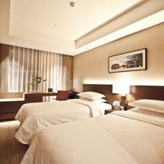 Отель Four Points By Sheraton Seoul, Namsan 4* Улучшенный номер с различными типами кроватей