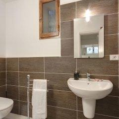 Отель Little Cottage ванная
