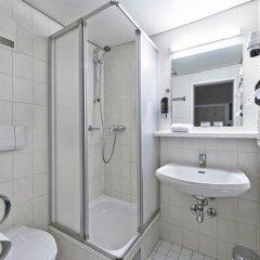 Hotel Pension Baronesse 4* Стандартный номер с различными типами кроватей фото 6