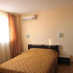 Апартаменты Menada Sky Dreams Apartment Свети Влас комната для гостей фото 2