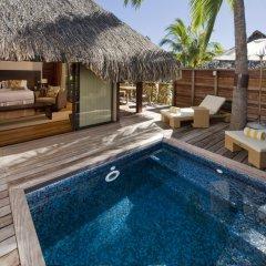 Отель Hilton Moorea Lagoon Resort and Spa 5* Бунгало с различными типами кроватей фото 2