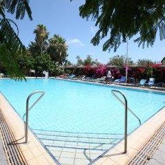 Hotel Veronica бассейн