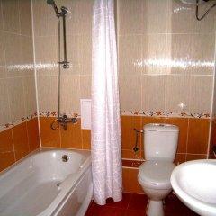 Апартаменты Four Leaf Clover Apartments ванная