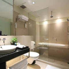 Siri Sathorn Hotel 4* Полулюкс с различными типами кроватей фото 2