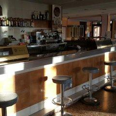 Hotel Reina Isabel Льейда гостиничный бар