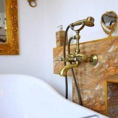 Отель Penthouse Suites Gold ванная