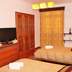 Отель Casa Barao das Laranjeiras Португалия, Понта-Делгада - отзывы, цены и фото номеров - забронировать отель Casa Barao das Laranjeiras онлайн удобства в номере фото 2
