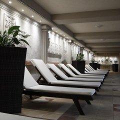 Отель Strimon Garden SPA Hotel Болгария, Кюстендил - 1 отзыв об отеле, цены и фото номеров - забронировать отель Strimon Garden SPA Hotel онлайн бассейн