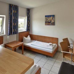 Отель Fresh INN Германия, Унтерхахинг - отзывы, цены и фото номеров - забронировать отель Fresh INN онлайн комната для гостей фото 5