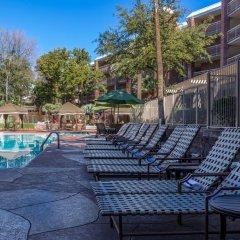 Отель Radisson Suites Tucson бассейн фото 2