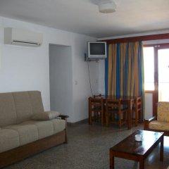 Отель Apartamentos Llevant Апартаменты с 2 отдельными кроватями фото 4
