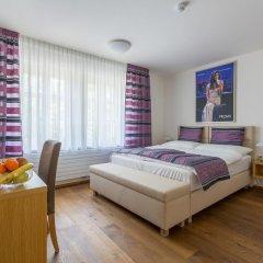 Отель U Zlatého Gryfa Чехия, Прага - отзывы, цены и фото номеров - забронировать отель U Zlatého Gryfa онлайн комната для гостей фото 5