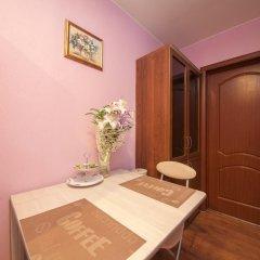 Мини-отель Квартировъ Стандартный номер с двуспальной кроватью (общая ванная комната) фото 2