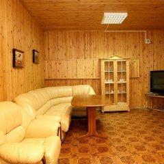 Гостиница Казацкий на Антонова комната для гостей